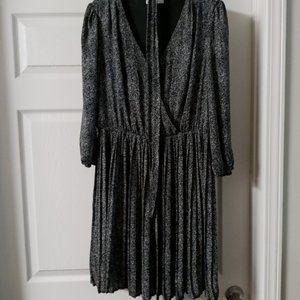 Sexy tiny pleated dress!